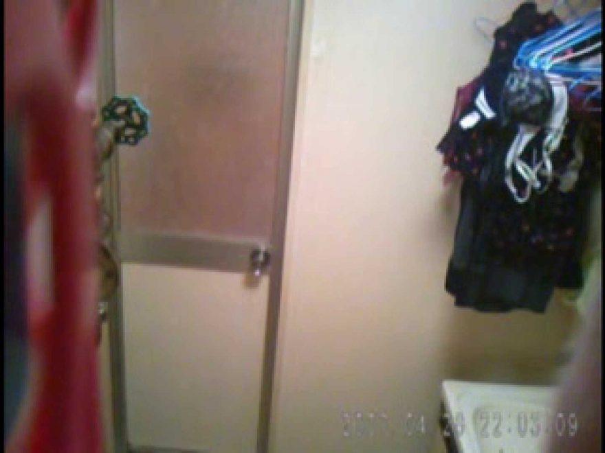 父親が自宅で嬢の入浴を4年間にわたって盗撮した映像が流出 盗撮 | 入浴シーン  83枚